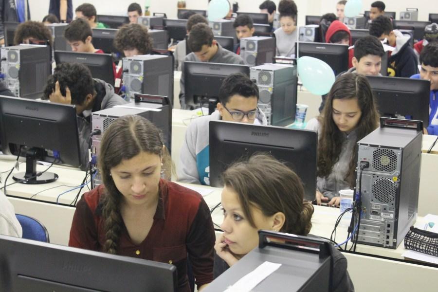 IV olimpiada de informatica